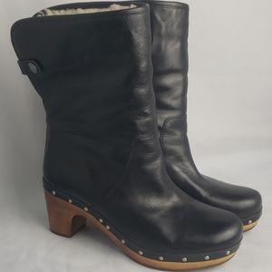 "UGG Australia ""Lynnea"" Ankle boot, sz 7, S/N 1958"